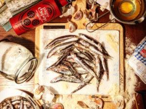 «Pescaito frito», con virgen extra, excelente manantial de calcio y fósforo.