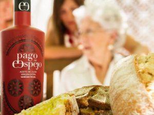 Pan con aceite de oliva virgen extra